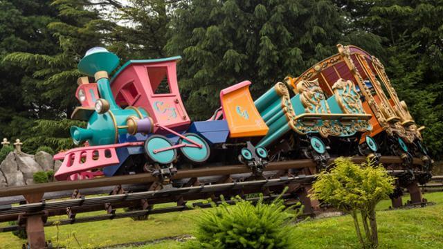 Il piccolo treno del circo disneyland paris